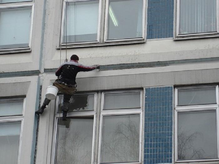 Промерзает стена в квартире кто должен делать ремонт