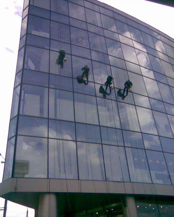 Услуги промышленных альпинистов на высоте